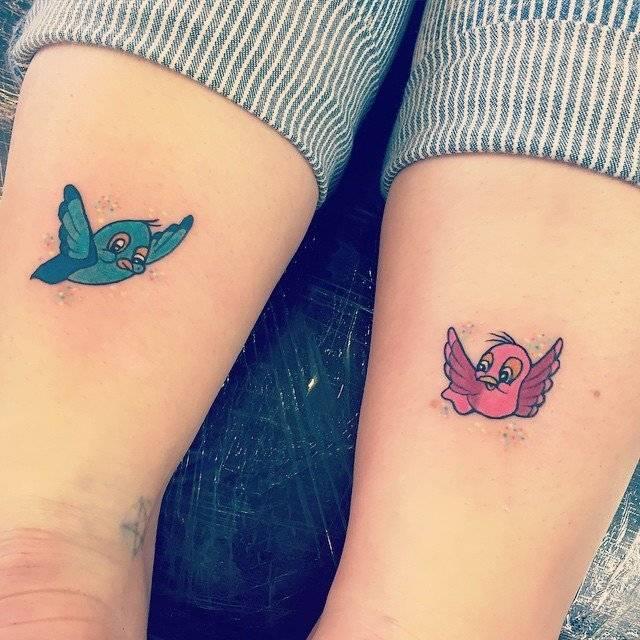 קעקוע שתי ציפורים