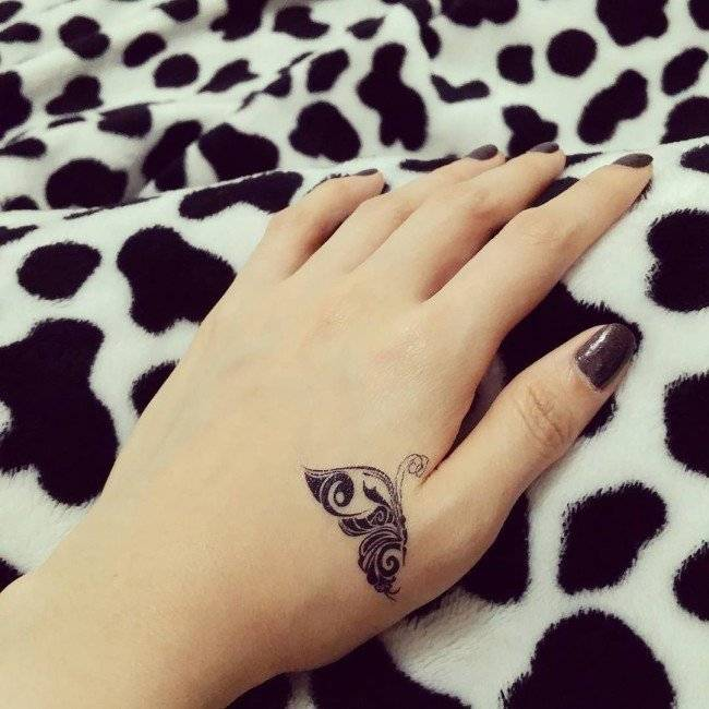 קעקוע סמל לכף היד